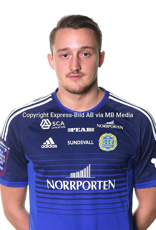 Smajl Suljevic<br /> Halvfigur<br /> @leverans<br /> Allsvenskan 2016<br /> Fotboll
