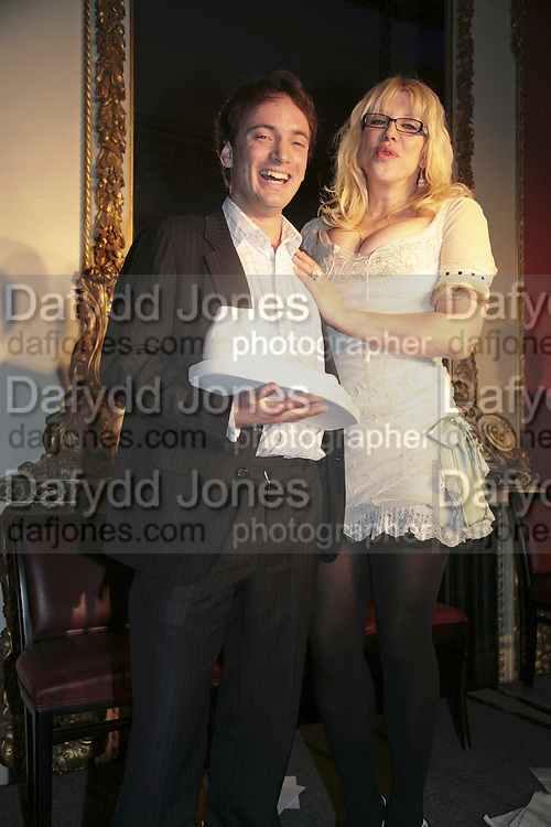 THE WINNER OF THE PRIZE: IAIN HOLLINGSHEAD (PASSAGES IN  HIS BOOK TWENTY SOMETHING)  AND COURTNEY LOVE, Literary Review's Bad Sex In Fiction Prize.  In &amp; Out Club (The Naval &amp; Military Club), 4 St James's Square, London, SW1, 29 November 2006. <br />Ceremony honouring author who writes about sex in a 'redundant, perfunctory, unconvincing and embarrassing way'. ONE TIME USE ONLY - DO NOT ARCHIVE  &copy; Copyright Photograph by Dafydd Jones 248 CLAPHAM PARK RD. LONDON SW90PZ.  Tel 020 7733 0108 www.dafjones.com