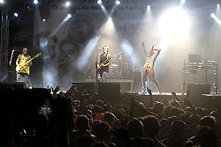 Show da banda Forfun no palco Pretinho Convida do Planeta Atlântida 2013/RS, que acontece nos dias 15 e 16 de fevereiro na SABA, em Atlântida. FOTO: Marcos Nagelstein/Preview.com