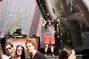 Nederland, Beuningen, Ewijk, 1-7-2018 Festival Down the Rabbit Hole , dtrh . Warm en stoffig op de derde dag van het festival . Foto: Flip Franssen