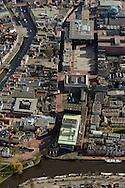 Luchtfoto van Ruiterskwartier, Zaailand en Wilhelminaplein. Tevens Harmonie, Neushoorn, Gerechtshof, Rechtbank en Fries Museum
