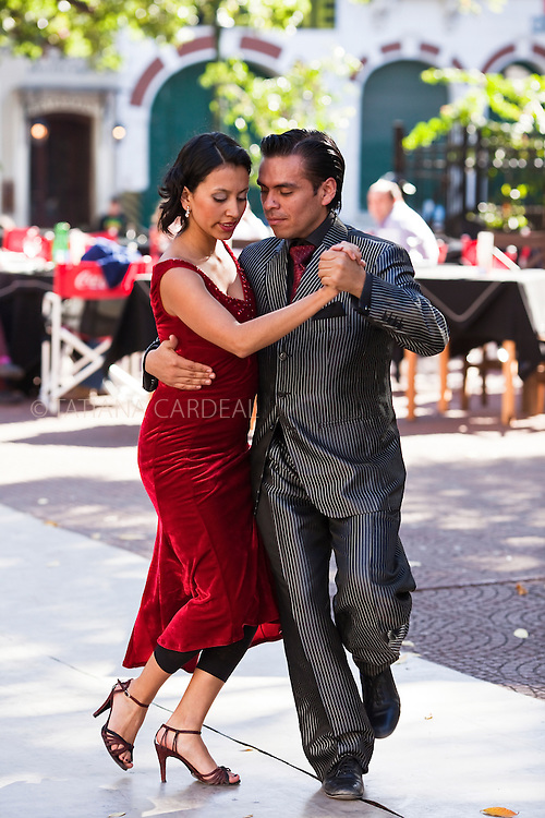 Tango at Plaza Dorrego. San Telmo. Buenos Aires, Argentina.