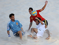 FIFA BEACH SOCCER WORLD CUP 2008 ITALY - SPAIN  26.07.2008 Roberto VALEIRO (l) and Javier TORRES (ESP, r) against Paolo PALMACCI (ITA).