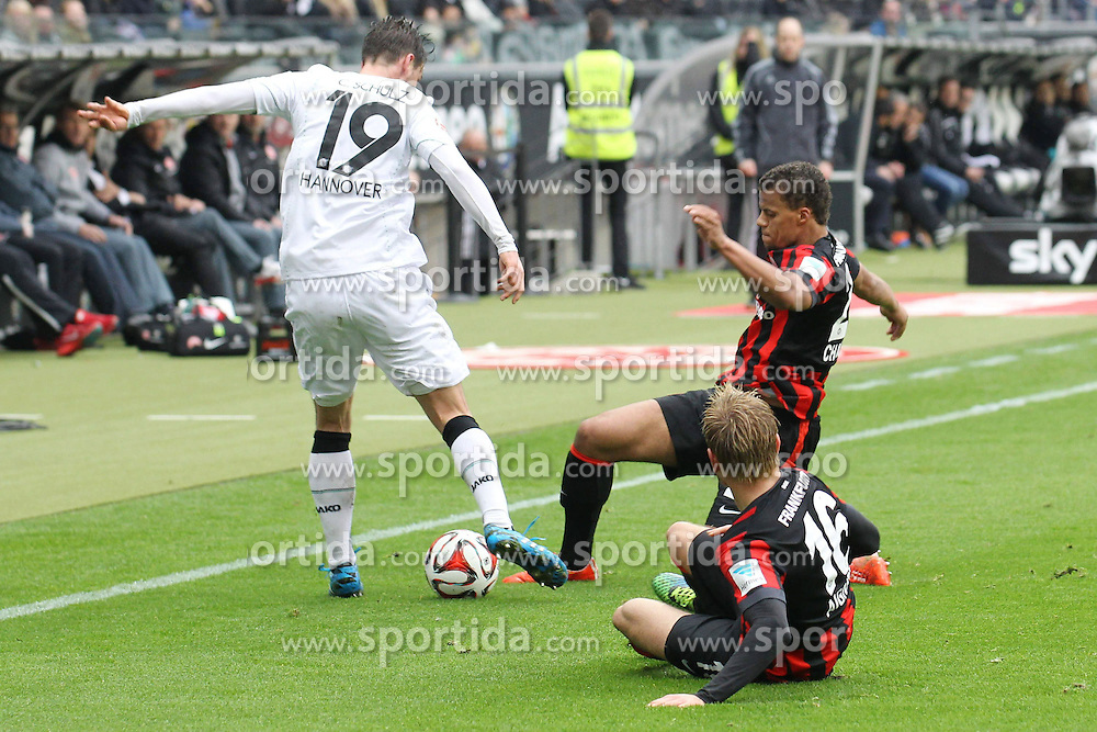 04.04.2015, Commerzbank Arena, Frankfurt, GER, 1. FBL, Eintracht Frankfurt vs Hannover 96, 27. Runde, im Bild Zweikampf zwischen Christian Schulz (Hannover) u. Timothy Chandler (Frankfurt), v: Stefan Aigner (Frankfurt) // during the German Bundesliga 27th round match between Eintracht Frankfurt and Hannover 96 at the Commerzbank Arena in Frankfurt, Germany on 2015/04/04. EXPA Pictures &copy; 2015, PhotoCredit: EXPA/ Eibner-Pressefoto/ Roskaritz<br /> <br /> *****ATTENTION - OUT of GER*****