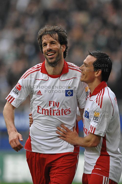 01-05-2010 VOETBAL: HAMBURGER SV - FC NURNBERG: HAMBURG<br /> HSV wint met 4-0 van Nurnberg / Ruud van Nistelrooy scoort de 4-0 en Raphael Schaefer <br /> &copy;2010- FRH nph / Witke