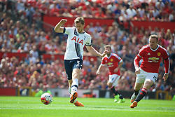 MANCHESTER, ENGLAND - Saturday, August 8, 2015: Tottenham Hotspur's captain Jan Vertonghen in action against Manchester United during the Premier League match at Old Trafford. (Pic by David Rawcliffe/Propaganda)