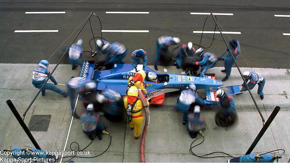 Giancarlo Fiisichella Benetton F1, Formula One Pit Stop, Tyre Change Silverstone, June 1999