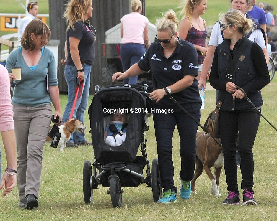 Image ©Licensed to i-Images Picture Agency. 04/07/2014. Barbury, United Kingdom. Day 2. Zara Phillips and Daughter Mia. Picture by  i-Images