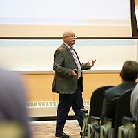 2016 UWL Executive Lecture Series Harry Blount Alumni