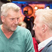 NLD/Amsterdam/20161013 - Perspresentatie Omroep Max, Sybrand Niessen in gesprek met Andre van Duin