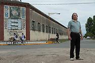 Victor Vargas ist Dichter und Schriftsteller in San Cristóbal. Den 50-Jährigen beunruhigen die Lebensumstände seines Volkes.