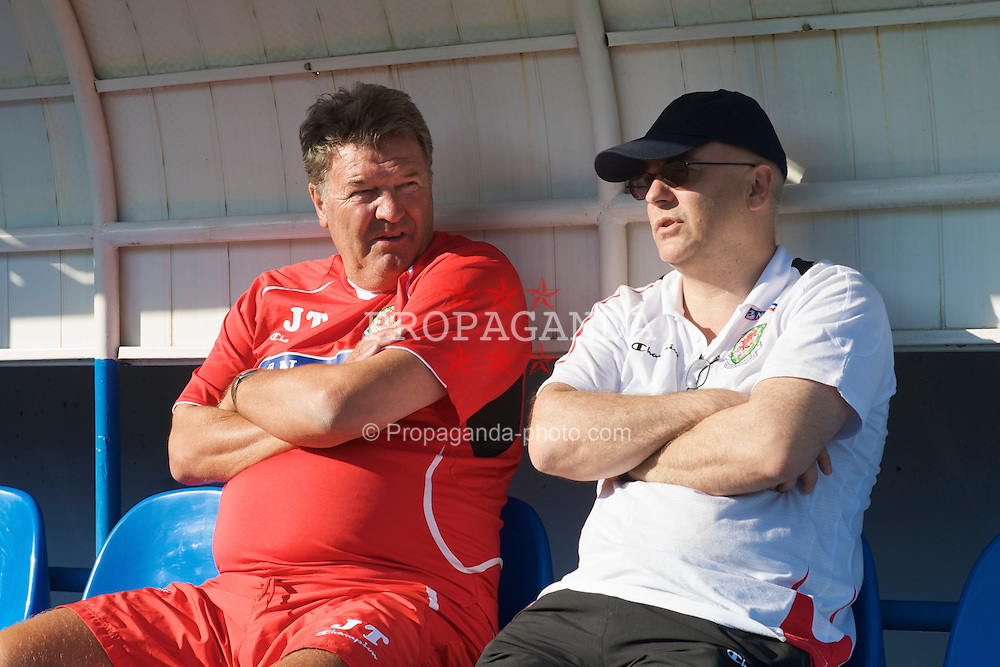 BAKU, AZERBAIJAN - Wednesday, June 3, 2009: Wales' manager John Toshack MBE and press officer Ceri Stennett during training at the Shafa Stadium ahead of the 2010 FIFA World Cup Qualifying Group 4 match. (Pic by David Rawcliffe/Propaganda)