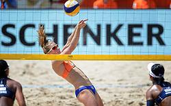 20150630 NED: WK Beachvolleybal day 5<br /> Sophie van Gestel #1 en Jantine van der Vlist #2 (foto) hebben hun laatste poulewedstrijd gewonnen. Op de Dam won het Nederlandse duo zojuist in drie sets van Thaise vrouwen Radarong/ Udomchavee. De 2-1 overwinning was precies genoeg om de laatste 32 te bereiken.