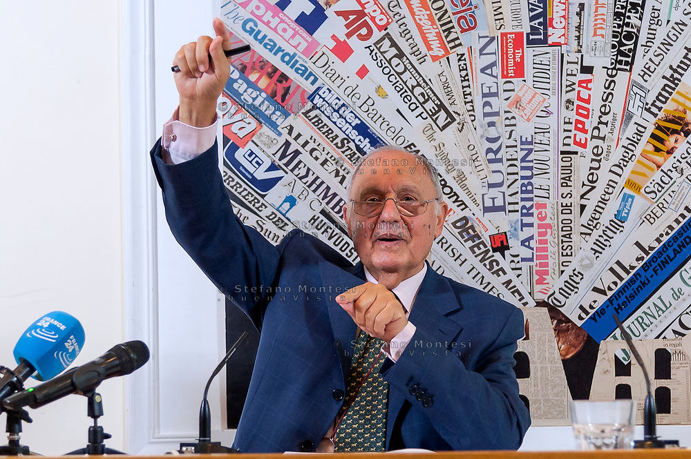 """ROME, ITALY - OCTOBER 8: The Minister for European Affairs Paolo Savona during the press conference """"A Politeia for a different, stronger and  fairer Europe""""  at the Foreign Press on October 8, 2018 in Rome, Italy."""
