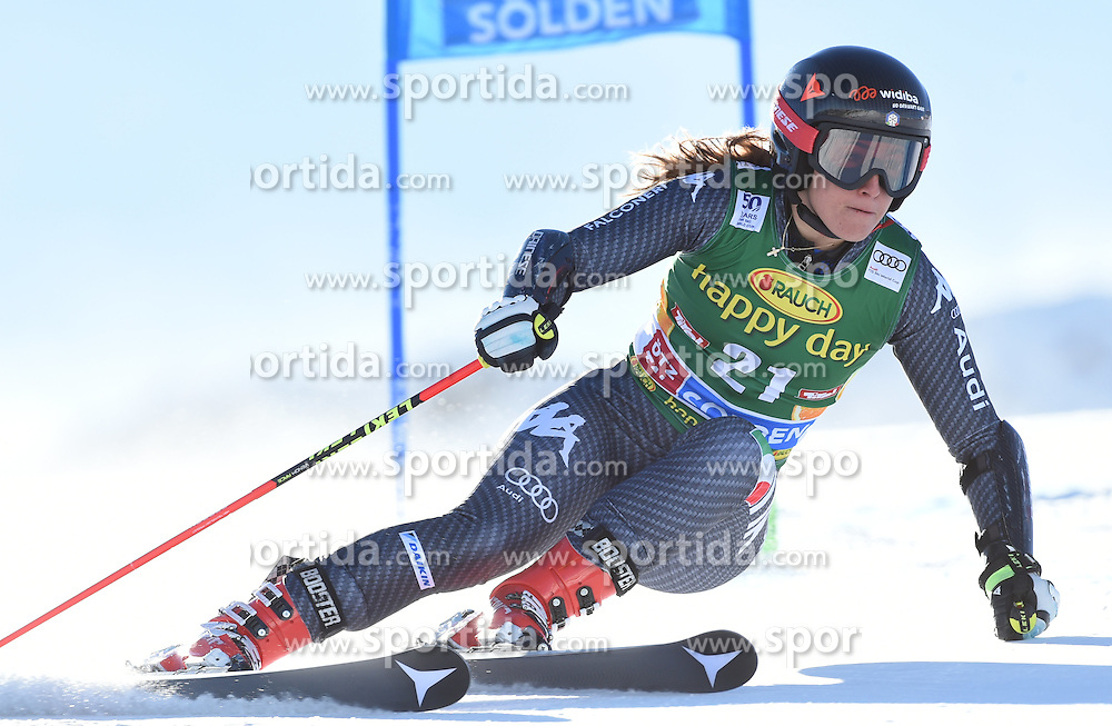 22.10.2016, Rettenbachferner, Soelden, AUT, FIS Weltcup Ski Alpin, Soelden, Riesenslalom, Damen, 1. Durchgang, im Bild Sofia Goggia of Italy // in action during 1st run of ladies Giant Slalom of the FIS Ski Alpine Worldcup opening at the Rettenbachferner in Soelden, Austria on 2016/10/22. EXPA Pictures © 2016, PhotoCredit: EXPA/ Erich Spiess