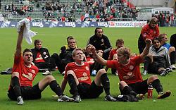 18.09.2010, Weserstadion, Bremen, GER, 1. FBL, Werder Bremen vs 1. FSV Mainz 05, im Bild Jubel bei den Mainzern nach dem Sieg   EXPA Pictures © 2010, PhotoCredit: EXPA/ nph/  Frisch+++++ ATTENTION - OUT OF GER +++++