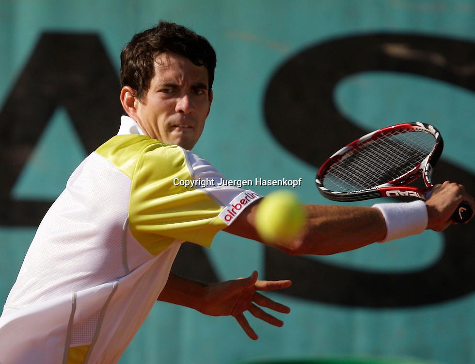 French Open 2009, Roland Garros, Paris, Frankreich,Sport, Tennis, ITF Grand Slam Tournament,  <br /> <br /> Guillermo Garcia-Lopez (ESP).<br /> <br /> Foto: Juergen Hasenkopf