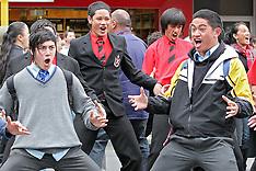 Wellington-Flashmob haka on Lambton Quay