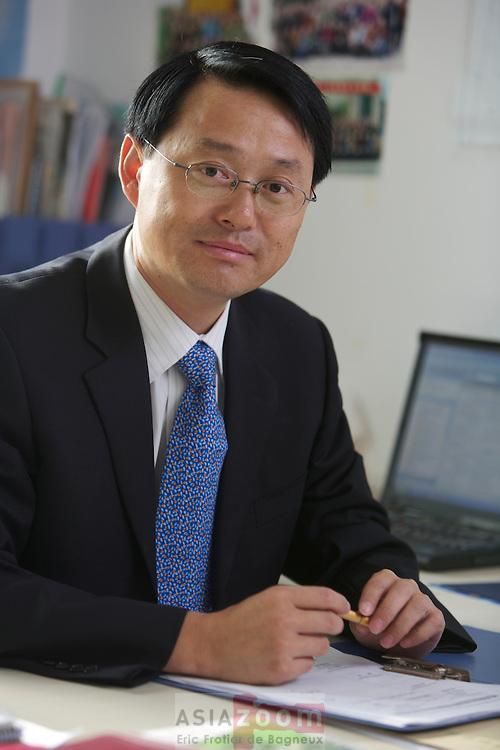 Mr Du Shengfeng, GM of Weinan CGE-BC  portrait
