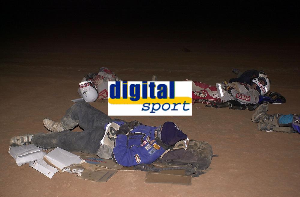 Motor - Motorsykkel. Paris-Dakar 2002. Pål Anders Ullevålseter, Norge (65).<br />Foto: Francois Flamand, Digitalsport
