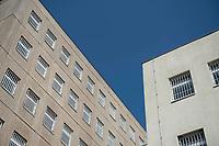 06 AUG 2014, BERLIN/GERMANY:<br /> Haus 2 (L) und Haus 3 (R), Abschiebungsgewahrsam der Berliner Polizei in Berlin-Koepenick, Gruenauer Strasse 140<br /> IMAGE: 20150806-01-0<br /> KEYWORDS: Köpenick, Abschiebungshaft, Abschiebeknast, Abschiebehaft, Polizeiabschiebehaftanstalt, Grünau; Gruenau