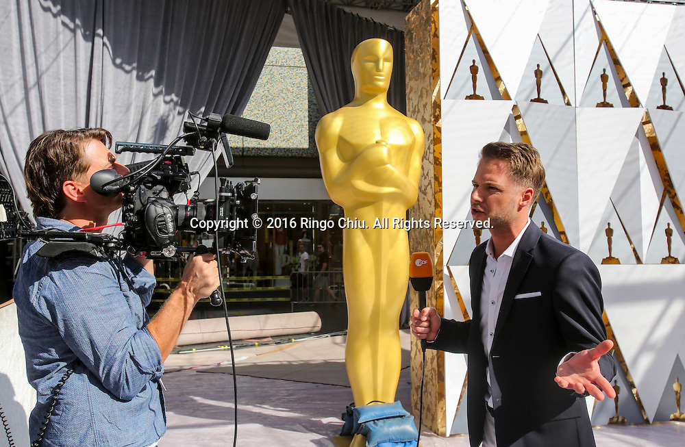 Media members cover the pre-Oscars in front of the Dolby Theatre Feb. 25, 2016 in Los Angeles. The 88th Academy Awards will be held Sunday, February 28, 2016. (Photo by Ringo Chiu/PHOTOFORMULA.com)<br /> <br /> Usage Notes: This content is intended for editorial use only. For other uses, additional clearances may be required.