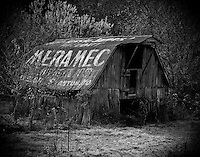 Meramac barn, Highway 231 Tennessee