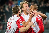 UTRECHT - Utrecht - Roda JC , Voetbal , Eredivisie, Seizoen 2015/2016 , Stadion Galgenwaard , 17-10-2015 , FC Utrecht speler Willem Janssen (m) en FC Utrecht speler Kevin Conboy (l) feliciteren FC Utrecht speler Sébastien Haller (r) met zijn doelpunt voor de 1-0