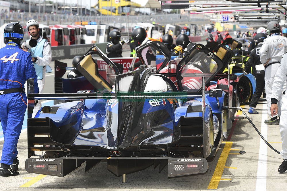 June 4, 2017 - Le Mans, France - 35 SIGNATECH ALPINE MATMUT (FRA) ALPINE A470 GIBSON LMP2 PIERRE RAGUES (FRA) ANDRE NEGRAO (BRA) NELSON PANCIATICI  (Credit Image: © Panoramic via ZUMA Press)