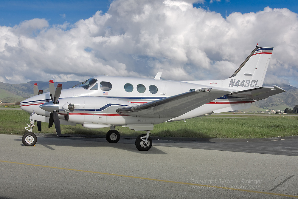 Aircraft for Sale, Beechcraft King Air E90 Extended-Range Twin Engine Aircraft
