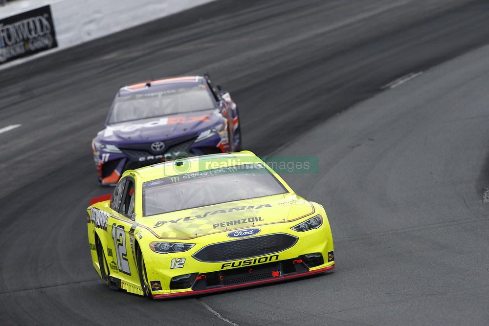 July 22, 2018 - Loudon, New Hampshire, United States of America - Ryan Blaney (12) battles for position during the Foxwoods Resort Casino 301 at New Hampshire Motor Speedway in Loudon, New Hampshire. (Credit Image: © Justin R. Noe Asp Inc/ASP via ZUMA Wire)