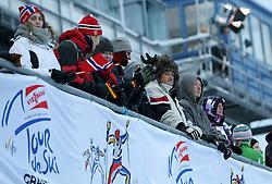 31.12.2011, DKB-Ski-ARENA, Oberhof, GER, Viessmann Tour de Ski 2011, FIS Langlauf Weltcup, Verfolgung Herren, im Bild  Fans schützen sich mit dicken Sachen und interessanten Mützen vor der Kälte // during men's pursuitof Viessmann Tour de Ski 2011 FIS World Cup Cross Country at DKB-SKI-Arena Oberhof, Germany on 2011/12/31. EXPA Pictures © 2011, PhotoCredit: EXPA/ nph/ Hessland..***** ATTENTION - OUT OF GER, CRO *****
