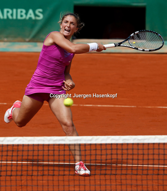 French Open 2011, Roland Garros,Paris,ITF Grand Slam Tennis Tournament . Sara Errani (ITA);Aktion,.Einzelbild,Ganzkoerper,Hochformat,