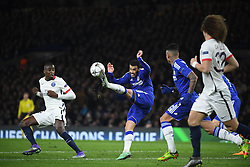 09.03.2016, Stamford Bridge, London, ENG, UEFA CL, FC Chelsea vs Paris Saint Germain, Achtelfinale, Rueckspiel, im Bild matuidi blaise, pedro rodriguez // during the UEFA Champions League Round of 16, 2nd Leg match between FC Chelsea vs Paris Saint Germain at the Stamford Bridge in London, Great Britain on 2016/03/09. EXPA Pictures © 2016, PhotoCredit: EXPA/ Pressesports/ LAHALLE PIERRE<br /> <br /> *****ATTENTION - for AUT, SLO, CRO, SRB, BIH, MAZ, POL only*****