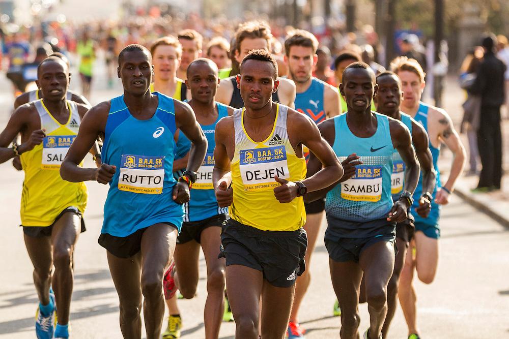 BAA 5K, Dejen Gebremeskel leads race from start