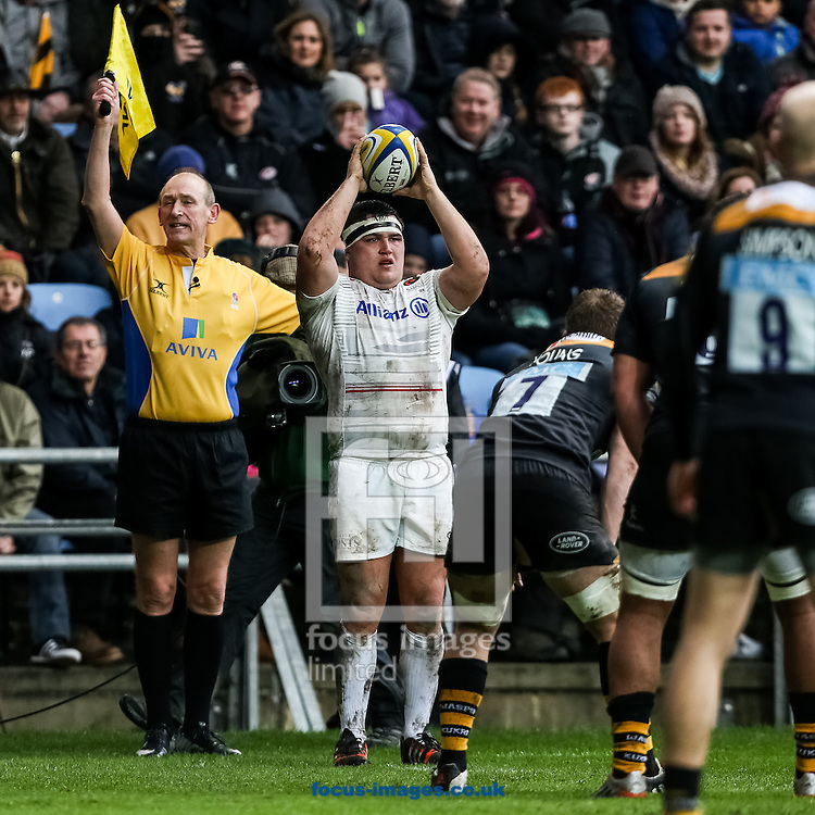 Jamie George of Saracens prepares to throw in during the Aviva Premiership match at the Ricoh Arena, Coventry<br /> Picture by Andy Kearns/Focus Images Ltd 0781 864 4264<br /> 08/03/2015