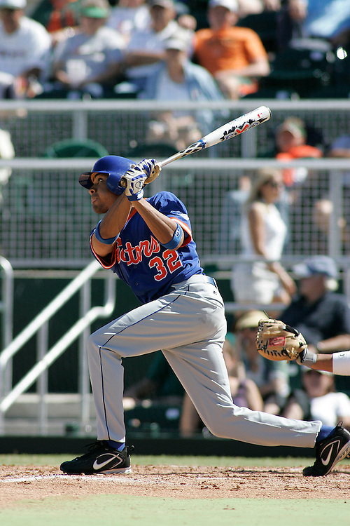 University of Florida third baseman David Cash in action during the Gators 4-1 victory over the Miami Hurricanes on February 18, 2006 at Mark Light Field in Coral Gables, Florida. Cash is the son of former major league all-star Dave Cash.