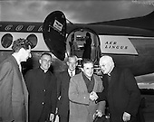 1957  Sir John Barbirolli at Dublin Airport