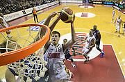 DESCRIZIONE : Venezia campionato serie A 2013/14 Reyer Venezia EA7 Olimpia Milano <br /> GIOCATORE : Daniele Magro<br /> CATEGORIA : schiacciata<br /> SQUADRA : Reyer Venezia<br /> EVENTO : Campionato serie A 2013/14<br /> GARA : Reyer Venezia EA7 Olimpia<br /> DATA : 28/11/2013<br /> SPORT : Pallacanestro <br /> AUTORE : Agenzia Ciamillo-Castoria/A.Scaroni<br /> Galleria : Lega Basket A 2013-2014  <br /> Fotonotizia : Venezia campionato serie A 2013/14 Reyer Venezia EA7 Olimpia  <br /> Predefinita :
