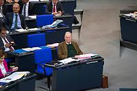 DEU, Deutschland, Germany, Berlin, 12.12.2017: Alexander Gauland, Vorsitzender der Bundestagsfraktion der AfD (Alternative für Deutschland), während einer Plenarsitzung im Deutschen Bundestag.