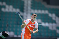 ROTTERDAM - HOCKEY -  Valentin Verga tijdens de oefenwedstrijd tussen de mannen van Nederland en Engeland (2-1) . FOTO KOEN SUYK