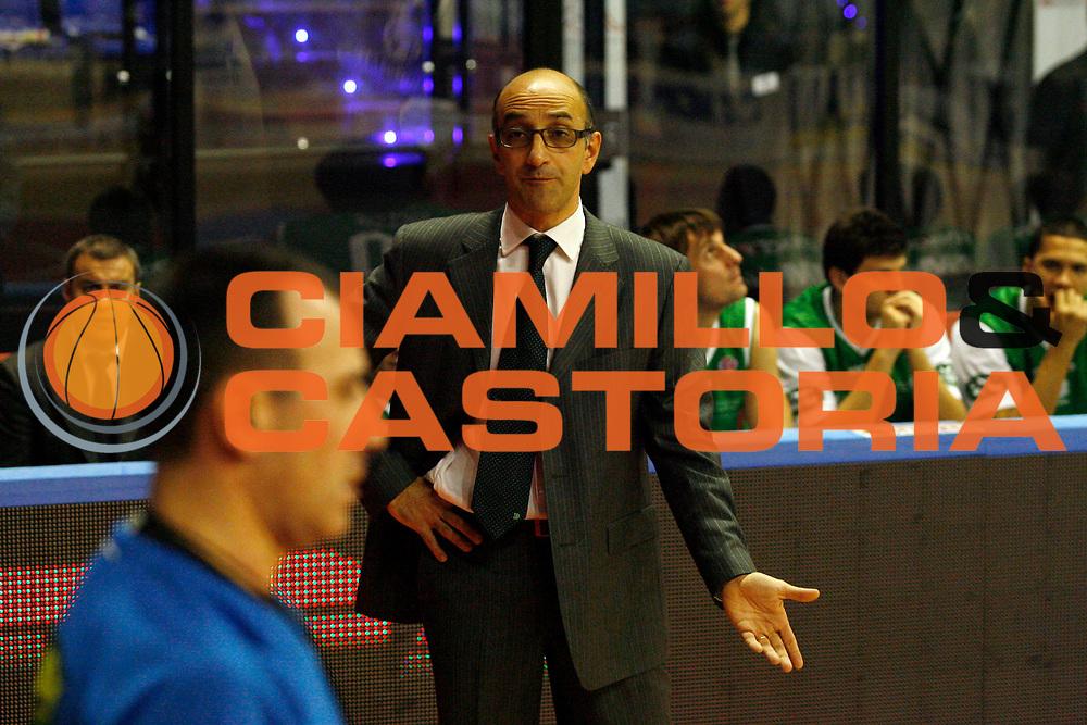 DESCRIZIONE : Biella Lega A 2009-10 Angelico Biella Benetton Treviso<br /> GIOCATORE : Francesco Vitucci Arbitro<br /> SQUADRA : Benetton Treviso<br /> EVENTO : Campionato Lega A 2009-2010<br /> GARA : Angelico Biella Benetton Treviso<br /> DATA : 05/12/2009<br /> CATEGORIA : coach<br /> SPORT : Pallacanestro<br /> AUTORE : Agenzia Ciamillo-Castoria/E.Pozzo<br /> Galleria : Lega Basket A 2009-2010<br /> Fotonotizia : Biella Campionato Italiano Lega A 2009-2010 Angelico Biella Benetton Treviso<br /> Predefinita :