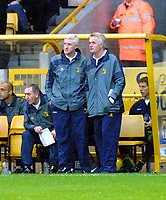 Photo: Dave Linney.<br />Wolverhampton Wanderers v Norwich City. Coca Cola Championship. 05/11/2005. Norwich Mgr(Left) keeps an on the play.