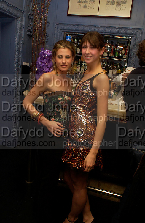 Francesca Versace, Margo Stilley and Markus Ketty. . Zac Posen Spring/ Summer collection launch party. The Blue Bar, Berkeley Hotel. London. 7 March 2004. Dafydd Jones,  ONE TIME USE ONLY - DO NOT ARCHIVE  © Copyright Photograph by Dafydd Jones 66 Stockwell Park Rd. London SW9 0DA Tel 020 7733 0108 www.dafjones.com