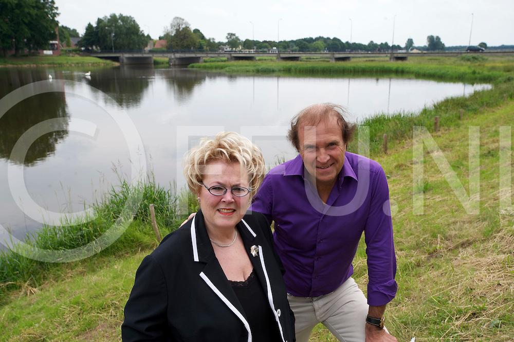 HARDENBERG - Liberaal Hardenberg.Foto:Petra Baarslag en Harry Kooiker..FFU PRESS AGENCY COPYRIGHT FRANK UIJLENBROEK.