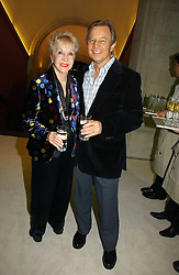 MICHAEL YORK and his wife PAT at an exhibition of David Hockney portraits at the National Portrait Gallery sponsored by Burberry on 11th October 2006.<br /><br />NON EXCLUSIVE - WORLD RIGHTS