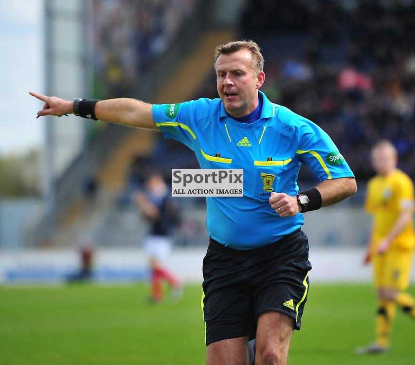 Referee Mike Tumilty..Falkirk v Ayr, SFL 1st Division, Saturday 5th May 2012..ALEX TODD   STOCKPIX.EU