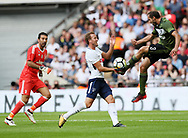 Tottenham's Harry Kane tussles with Juventus Giorgio Chiellini during the pre season match at Wembley Stadium, London. Picture date 5th August 2017. Picture credit should read: David Klein/Sportimage