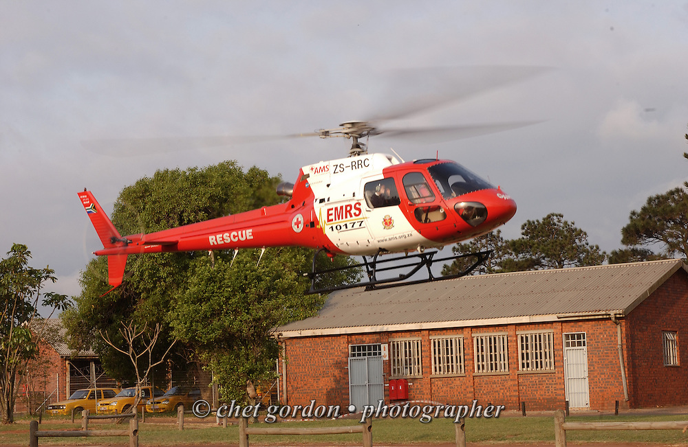 EMPANGENI, SOUTH AFRICA.  A South African Air Mercy Service rescue helicopter lifts off from Ngwelezana Hospital in Empangeni, South Africa on Thursday, September 14, 2006.    © www.chetgordon.com