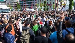 14.05.2016, Gürtel, Wien, AUT, Legaliseriungs Demonstration für Cannabis. im Bild Aktivisten // activists during protest action regarding to Cannabis legalisation in Vienna, Austria on 2016/05/14. EXPA Pictures © 2016, PhotoCredit: EXPA/ Michael Gruber